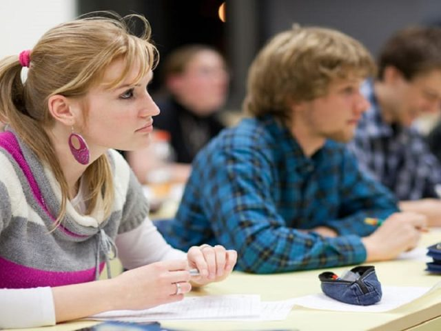How Students Can Improve Skills to Be Leaders of Tomorrow